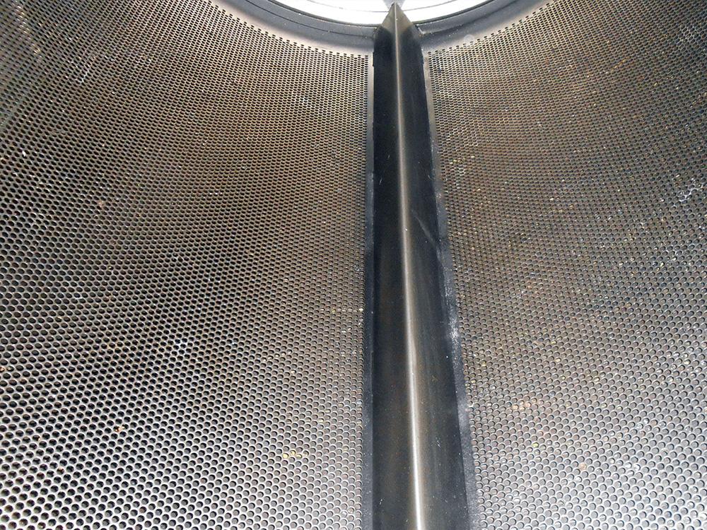 Dry Ice Blasting av produksjonsutstyr : Industritørketrommel : Mintie